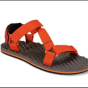 NWT The North Face Base Camp Switchback Sandals
